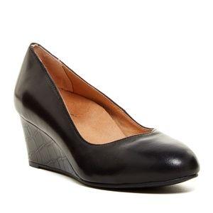 Vionic Shoes - Vionic Antonia Mid Wedge Black Pump 8.5